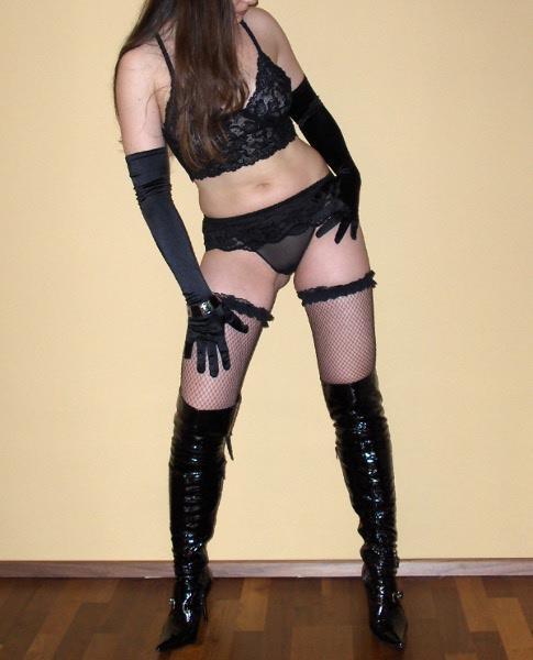 Independent Miss Domina